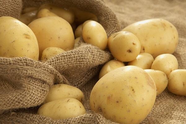 Khoảng 1kg khoai tây loại ngon