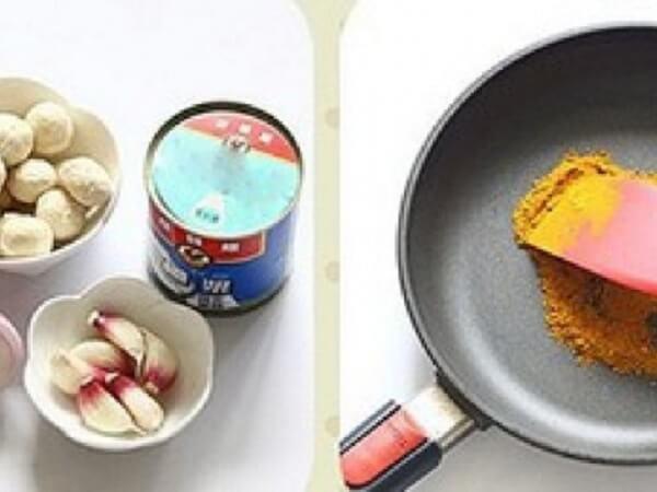 Khi tỏi, hành tây có màu vàng, dậy mùi thơm, bạn cho cà ri vào đảo qua