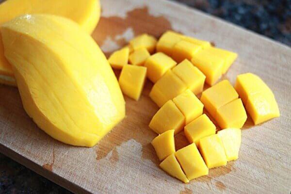Xoài là nguồn cung cấp vitamin A và C tuyệt vời