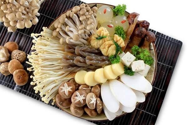 Các loại rau củ quả, nấm ăn lẩu gà
