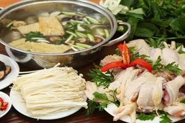 Cách nấu lẩu gà nấu nấm đậm đà đãi bạn cuối tuần