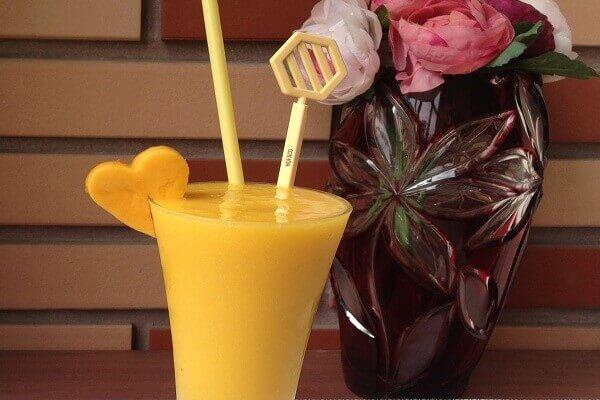 Sinh tố mít là một trong những loại thức uống thơm mát