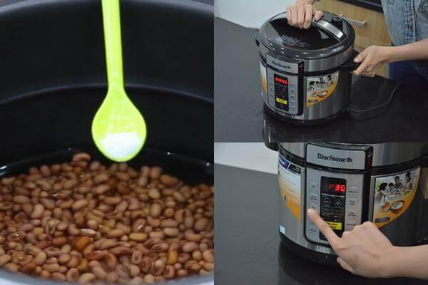 Bạn cho đậu vào nồi áp suất, cho nước ngập đậu