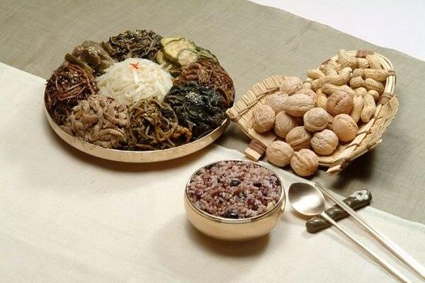 Cách nấu cơm đậu Hàn Quốc thơm ngon, bổ dưỡng