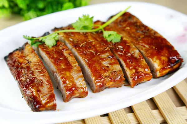 10 công thức ướp sườn nướng BBQ cực ngon và mềm