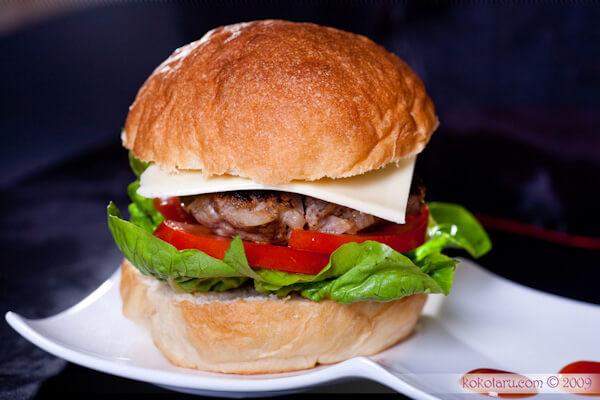 Nguyên Liệu Và Cách Làm Bánh Hamburger Bò Thơm Ngon