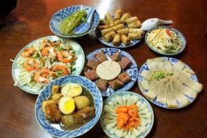 8 Món Ăn Ngon Trong Ngày Tết Cổ Truyền - Tết Nguyên Đán Việt Nam
