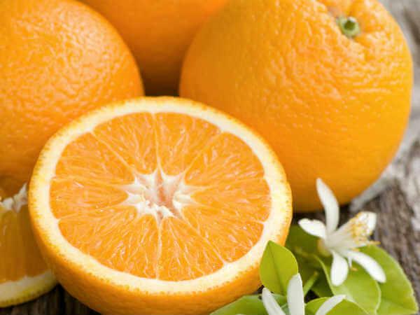 Trái cây họ cam quýt bao giờ cũng giàu vitamin và các chất dinh dưỡng để giúp mẹ bầu luôn khỏe mạnh
