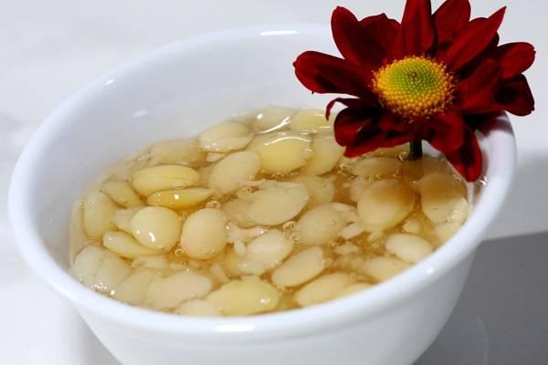Chè đậu ván và hạt sen