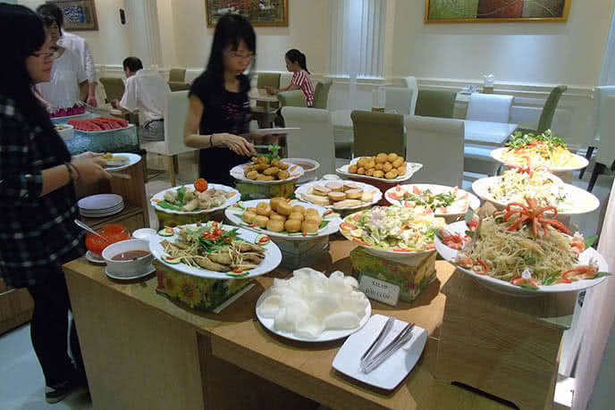 Ăn buffet tại Blue Diamond