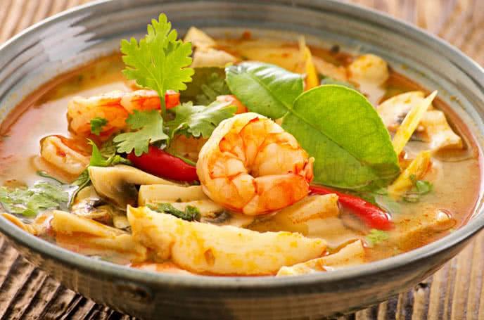 Canh chua Tom Yam Gung