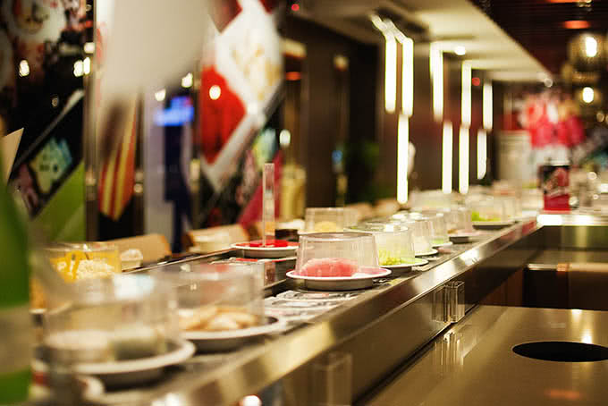 Số lượng các món ăn khá phong phú, thực khách tha hồ lựa chọn theo ý thích