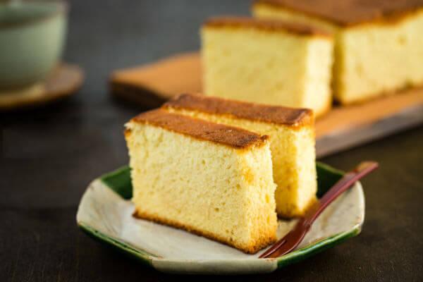 Cách Làm Bánh Không Cần Lò Nướng Và Máy Đánh Trứng