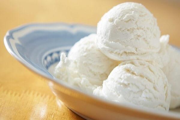 9 - 10 viên kem vani nhỏ