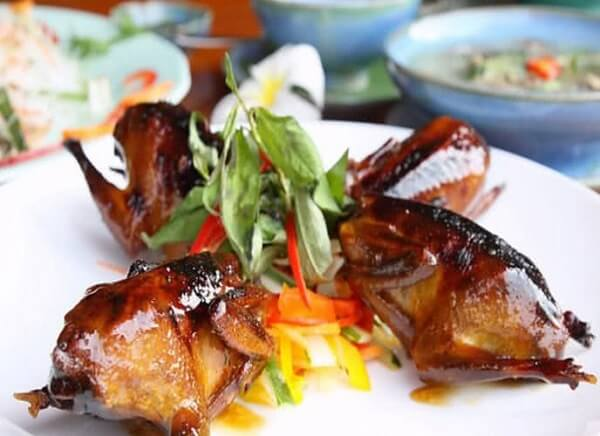 Món nhậu chim cút chiên ngũ vị hương hấp dẫn