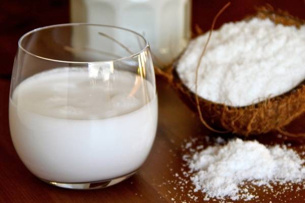 Xay cơm dừa nhuyễn như bột