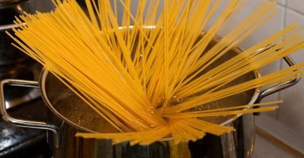 1 gói mi Ý (mình hay dùng loại mì Pasta Zara)