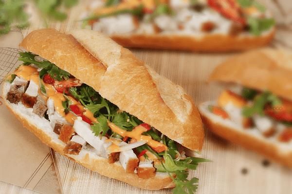 Cách làm nước sốt bánh mì heo quay đơn giản nhất