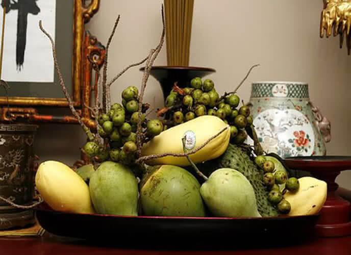 """Miền nam thường bày mâm ngũ quả ngày tết theo quan niệm: """"Cầu Sung Dừa Đủ Xài"""""""