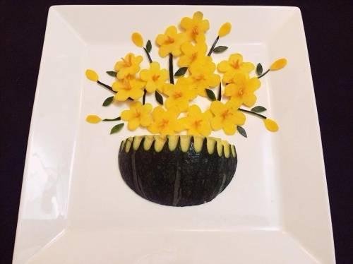 Trang trí món ăn bằng dưa leo