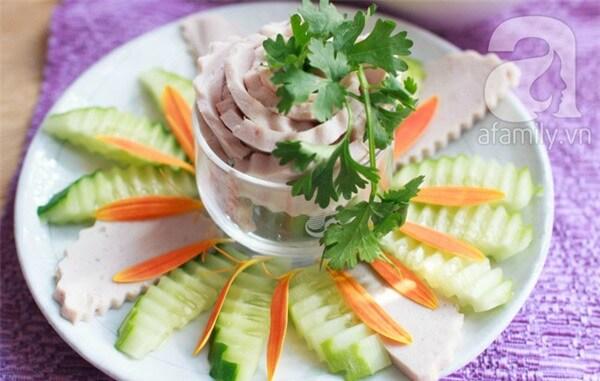 Cách trang trí đĩa thức ăn đẹp mắt
