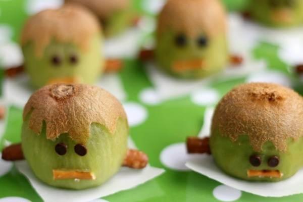 """Những phiên bản """"Sọ Dừa"""" từ Kiwi đầy ngộ nghĩnh thế này sẽ khiến bàn ăn đáng yêu hơn bao giờ hết."""
