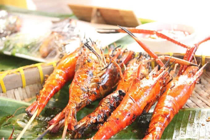 Với hơn 70 món ăn mang về từ khắp các làng chài Nam Bộ