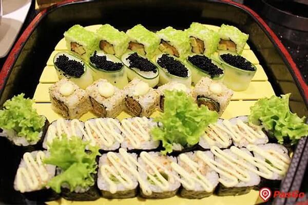 Gỏi dạng sushi Buffet Sứ 64 Nguyễn Du