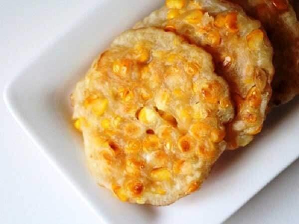 Hướng dẫn cách làm bánh ngô chiên sữa dừa thơm ngon béo ngậy