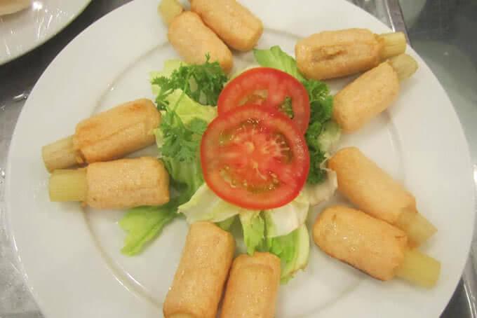 Món ăn gắn với hình ảnh quê nhà