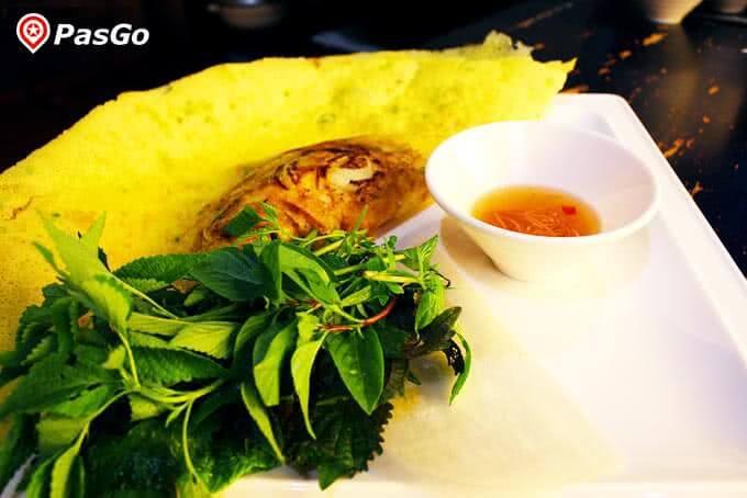 Bánh xèo – Thưởng thức hương vị miền Nam hấp dẫn tại Quán Ngon 18 Phan Bội Châu