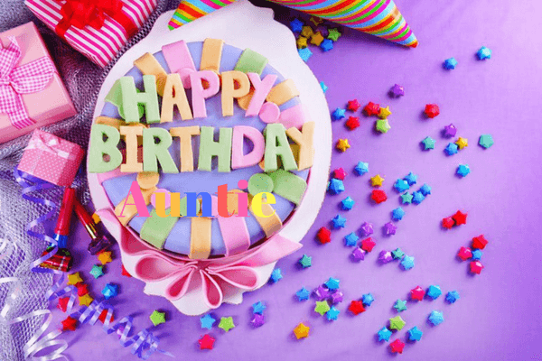 Hãy thổi nến trên bánh sinh nhật để ước mơ được nhiệm màu.
