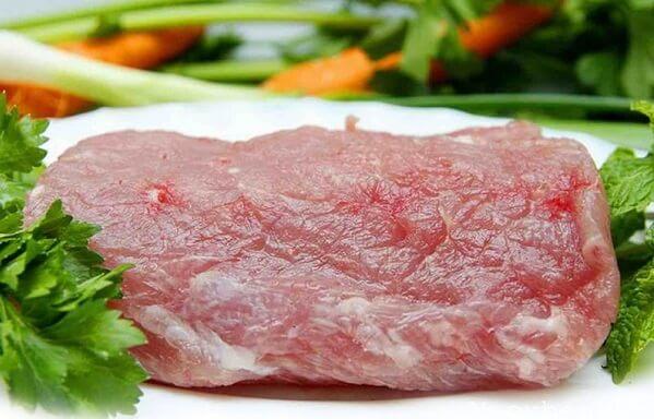 Ngon nhất là phần thịt heo có lượng mỡ và nạc cân đối