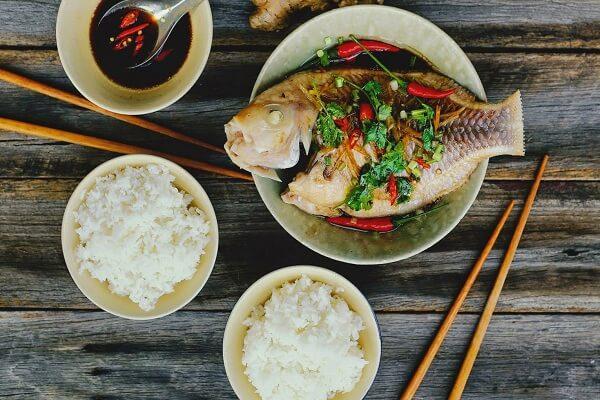 Đổi vị với cuối tuần với món cá diêu hồng hấp xì dầu thơm phức
