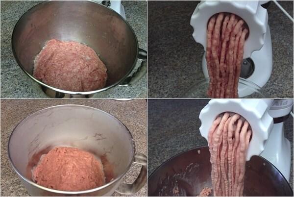 Sau 2 tiếng, bạn lấy thịt ra và xay thịt lần nữa.