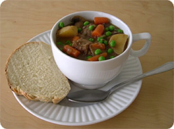 Cách làm bắp bò hầm đậu trắng thơm ngon bổ dưỡng cho bữa ăn