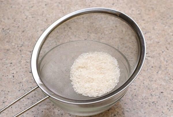 Cách nấu cháo trắng dường như là công thức nấu cháo đơn giản nhất