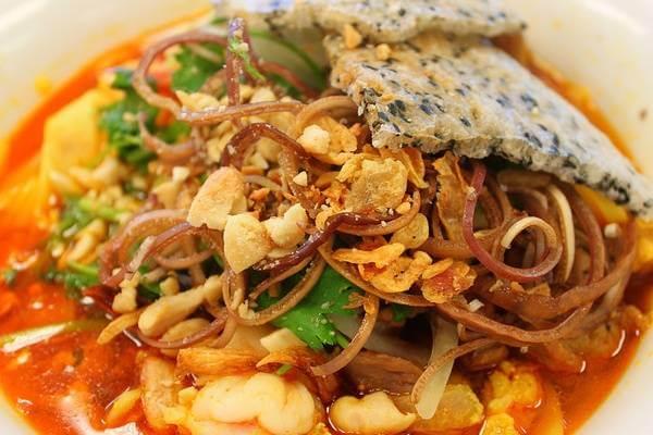 Mì Quảng là một món ăn ngon đặc trưng nổi tiếng của mảnh đất Quảng Nam