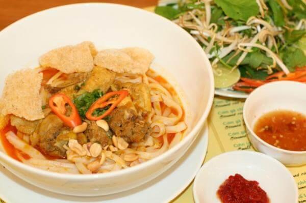 Danh sách 3 quán mì quảng nổi tiếng khắp đất Sài Gòn.