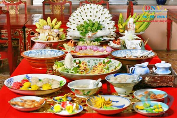 Top 9 Đặc Sản Của Ẩm Thực Huế - Món Ăn Đặc Sản Cố Đô Huế