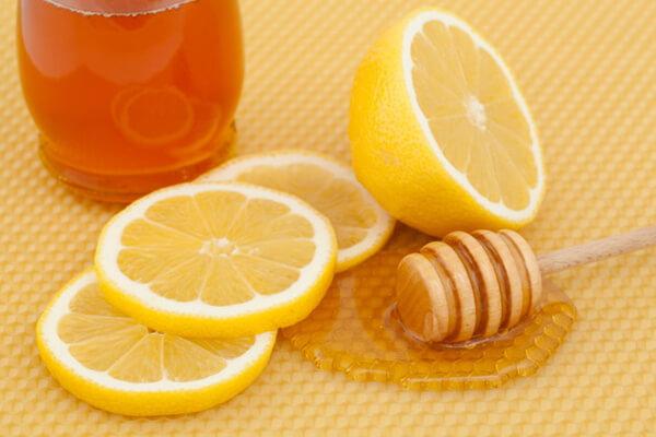 Trẻ sơ sinh có nên uống mật ong không