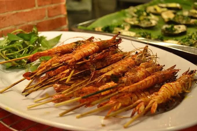 Nhà hàng nổi tiếng nhất với các món hải sản kiểu Hoa – Việt độc đáo