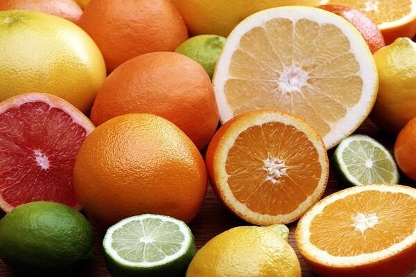Cam, quýt, bưởi là những loại trái cây rất giàu vitamin C