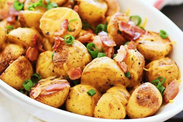 Khoai tây và thịt xông khói