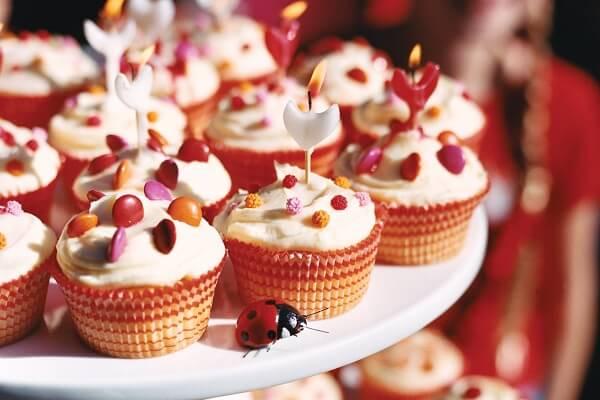 Chiếc bánh Cupcake thật ra là một chiếc bánh gato mini