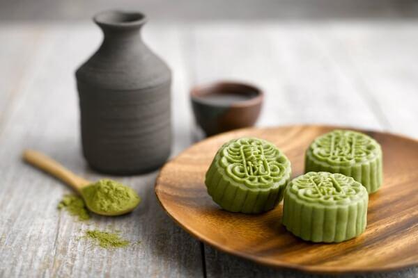 Bánh dẻo lạnh nhân sữa chua trà xanh không cần lò nướng