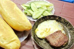 Cách Làm Bánh Mì Pate Trứng - Bánh Mì Kẹp Trứng Ốp La Để Bán