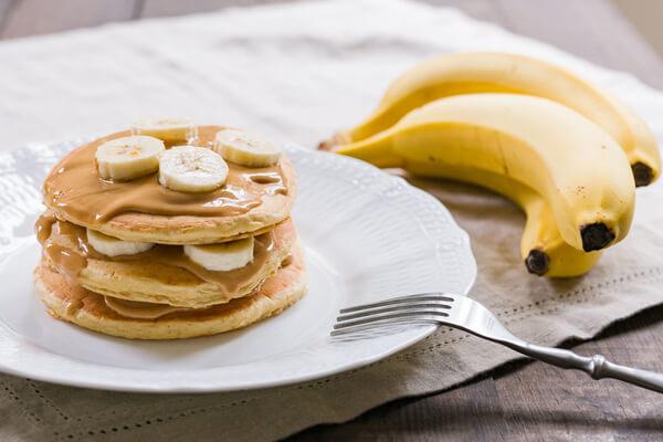 Bánh pancake là loại bánh có thể ăn ngọt hoặc mặn đều được