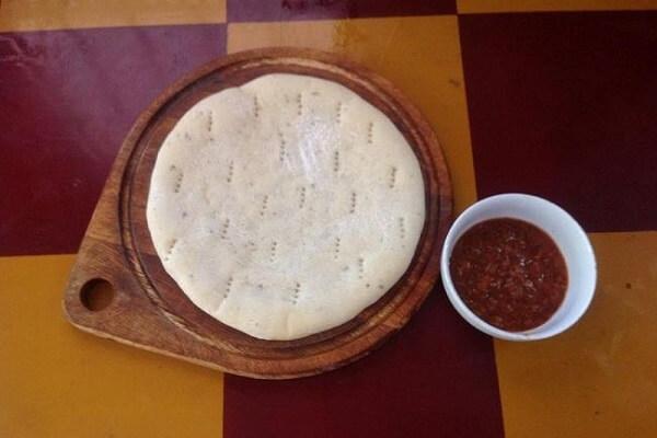 Bánh pizza được xem là biểu tượng của ẩm thực Ý
