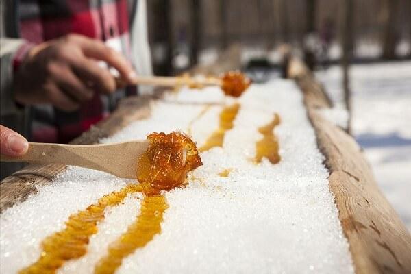 Kẹo bơ Maple Taffy, Canada